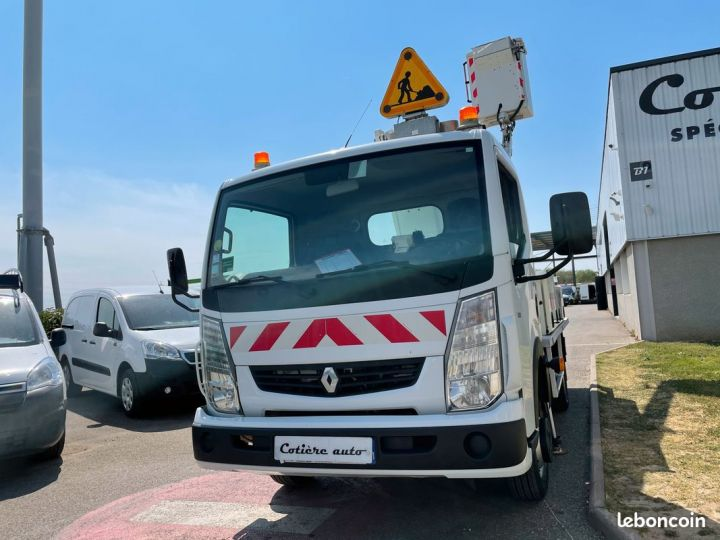 Renault Maxity nacelle comilev 171h  - 2