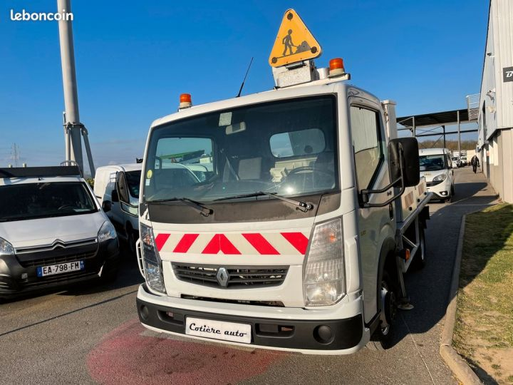Renault Maxity nacelle comilev 175h  - 4
