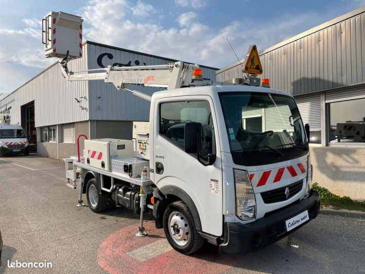 Renault Maxity nacelle comilev 352h  - 1