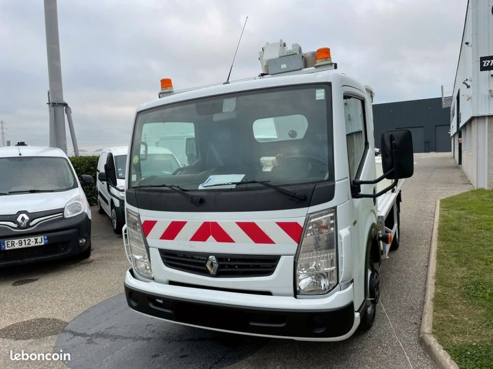 Renault Maxity nacelle comilev 399h  - 2