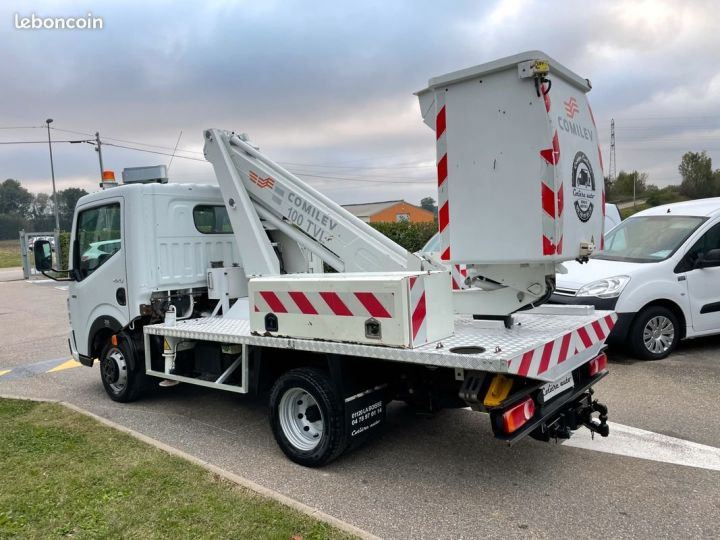 Renault Maxity nacelle comilev 399h  - 4