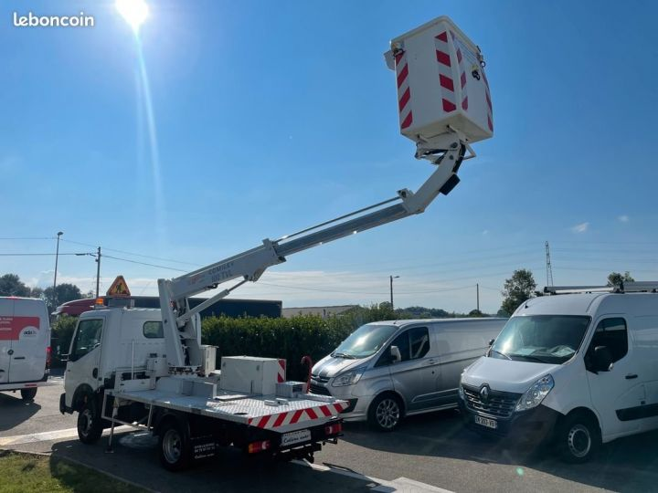 Renault Maxity nacelle comilev 432h  - 3
