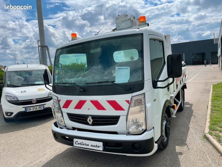 Renault Maxity nacelle comilev 505h  - 2