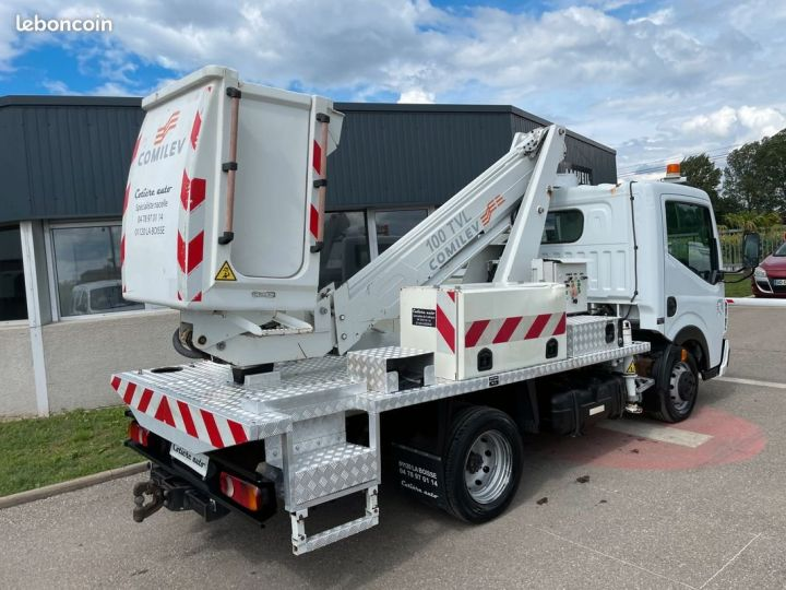 Renault Maxity nacelle comilev 505h  - 3