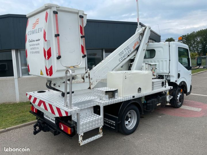Renault Maxity nacelle comilev 620h  - 3