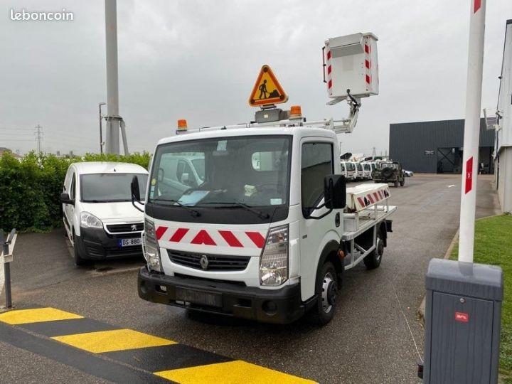 Renault Maxity nacelle comilev 80tvl  - 2