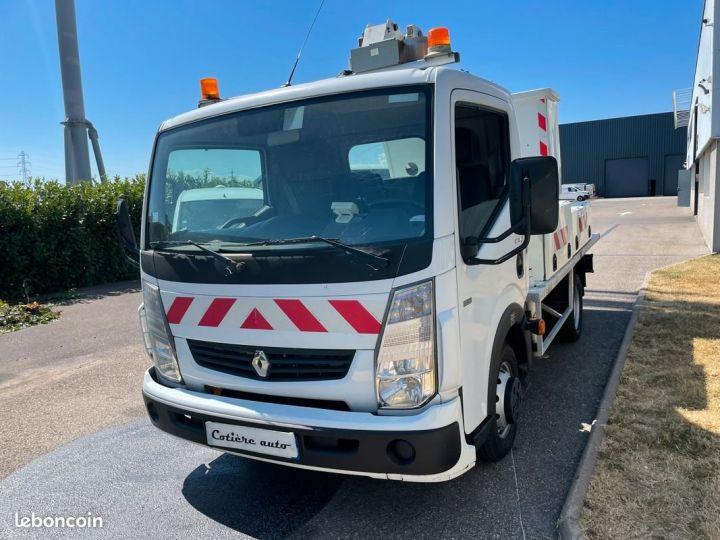 Renault Maxity nacelle comilev panier 2 personnes  - 2