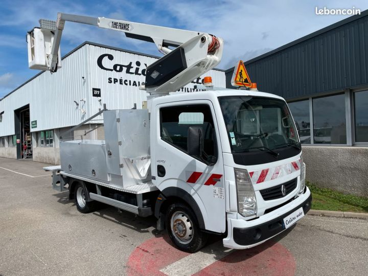 Renault Maxity Nacelle Time France  - 1