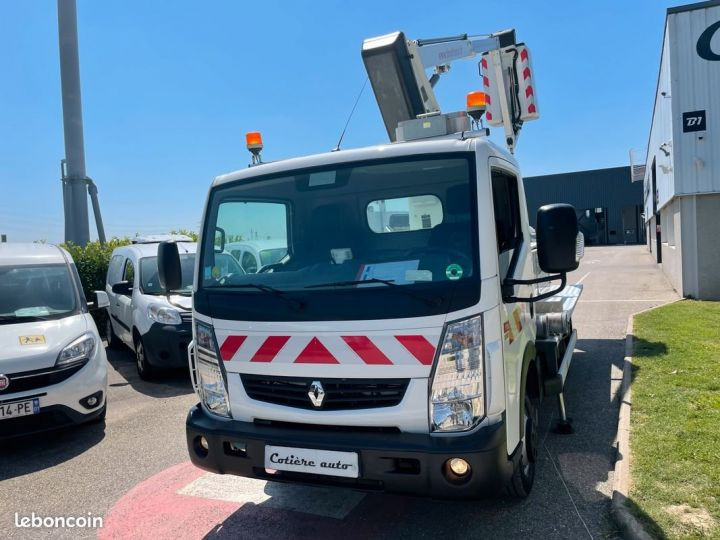 Renault Maxity nacelle Time France 13.000km  - 2