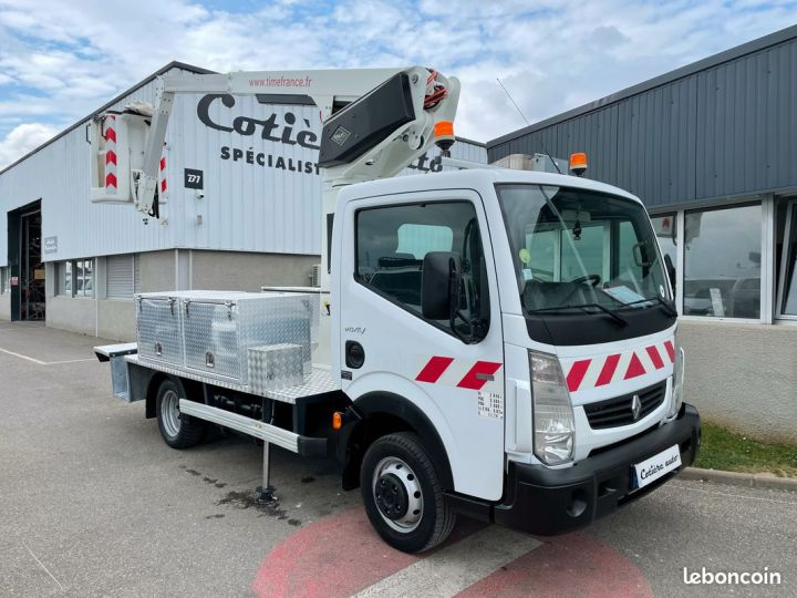 Renault Maxity nacelle Time France 170h  - 1