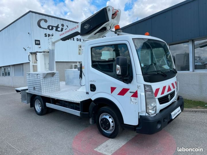 Renault Maxity nacelle Time France 2014  - 1
