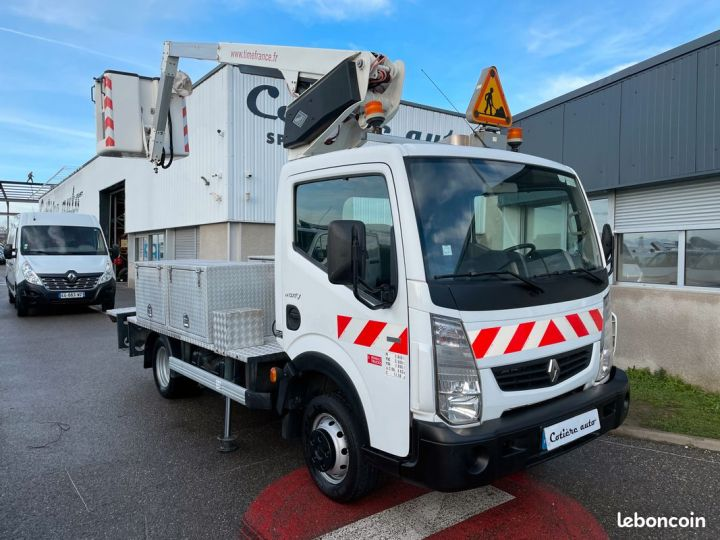 Renault Maxity nacelle Time france panier 2 personnes  - 1