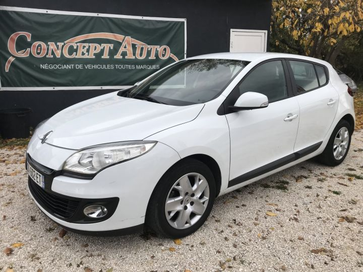 Renault MEGANE 1.5 DCI 110CH BLANC Occasion - 1