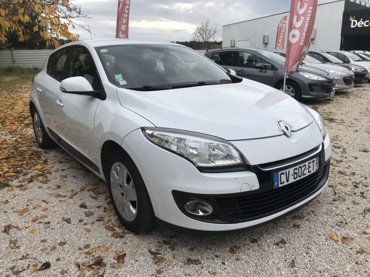 Renault MEGANE 1.5 DCI 110CH BLANC Occasion - 2