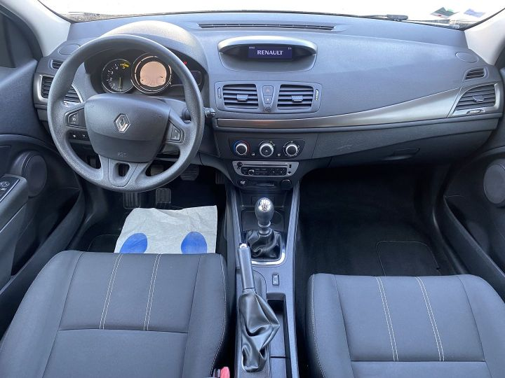 Renault Megane 1.5 DCI 95CH LIFE ECO² 2015 Gris - 9