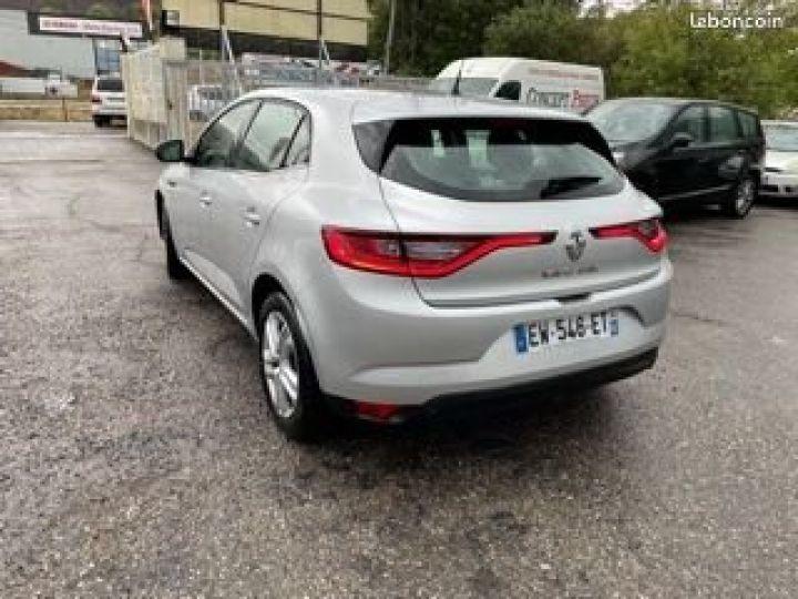 Renault Megane Gris Occasion - 4