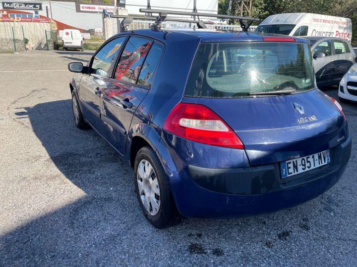 Renault Megane BLEU FONCE Occasion - 4