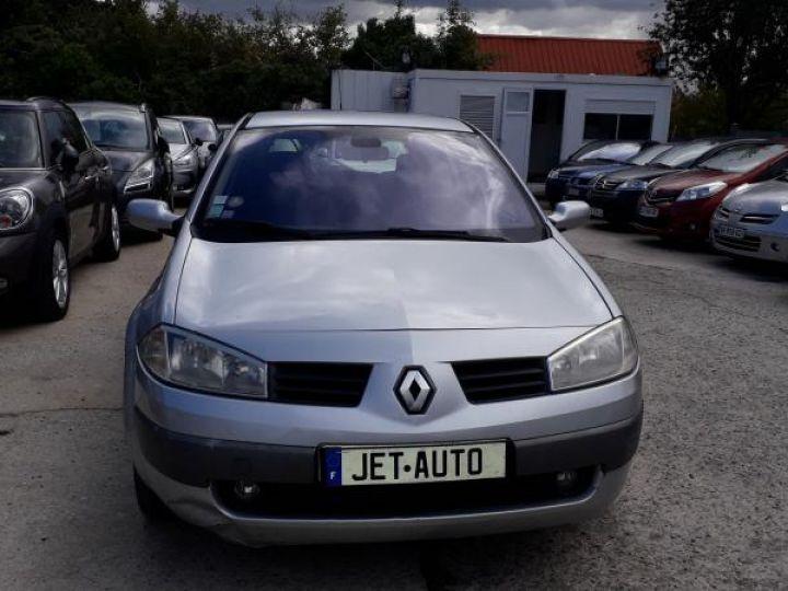 Renault Megane 2 II 1.5 DCI 100 DYNAMIQUE  - 11