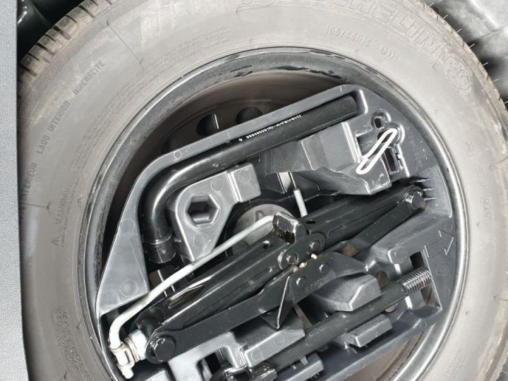 Renault Megane 4 1.5 dci 90 business bv6 34mk Gris Anthracite Occasion - 11