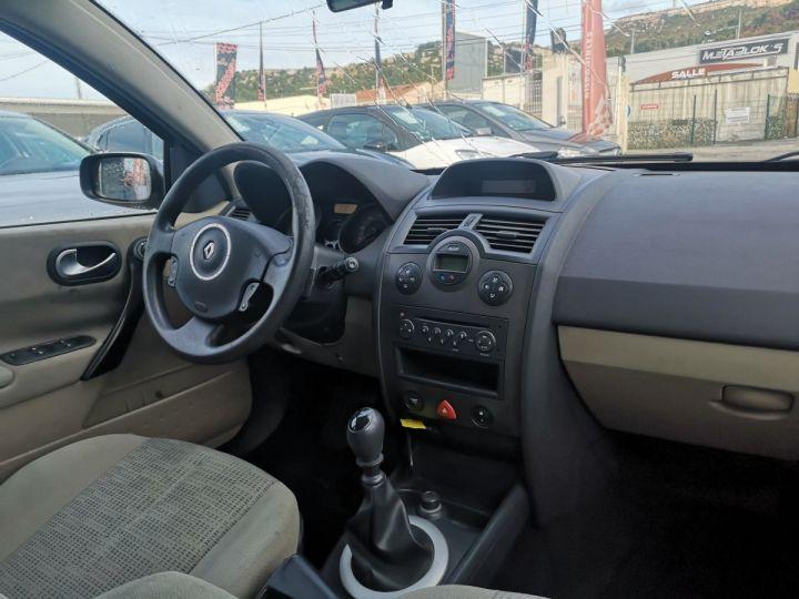 Renault Megane AUTHENTIQUE GRIS FONCE Occasion - 4