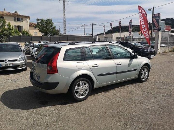 Renault Megane ESTATE GRIS METALISE Occasion - 3