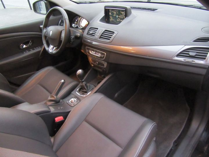 Renault Megane III 1.5 DCI 95CH BUSINESS EURO6 2015 Noir Occasion - 11