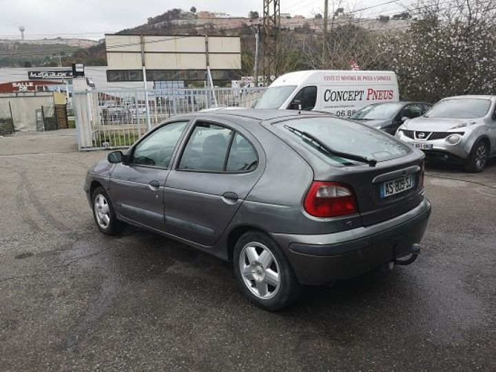 Renault Megane rxt GRIS FONCE Occasion - 3