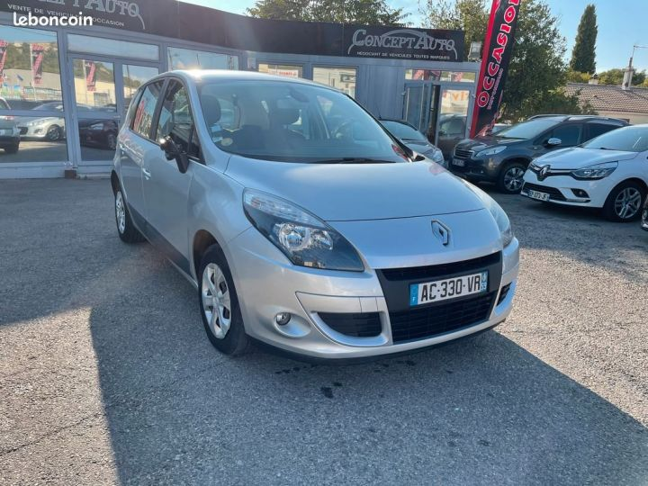 Renault Megane scénic iii 1.5 dci 110 cv expression Gris Occasion - 1