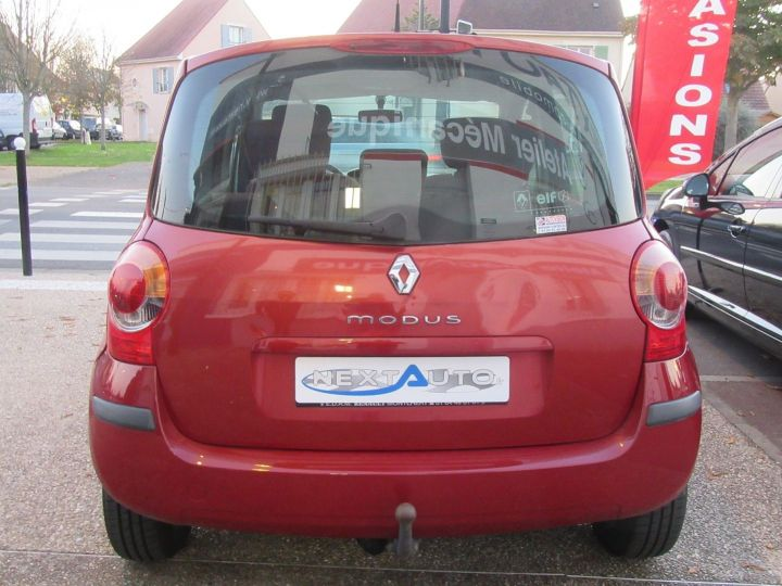Renault Modus 1.2 16V 75CH PACK AUTHENTIQUE Rouge Occasion - 8