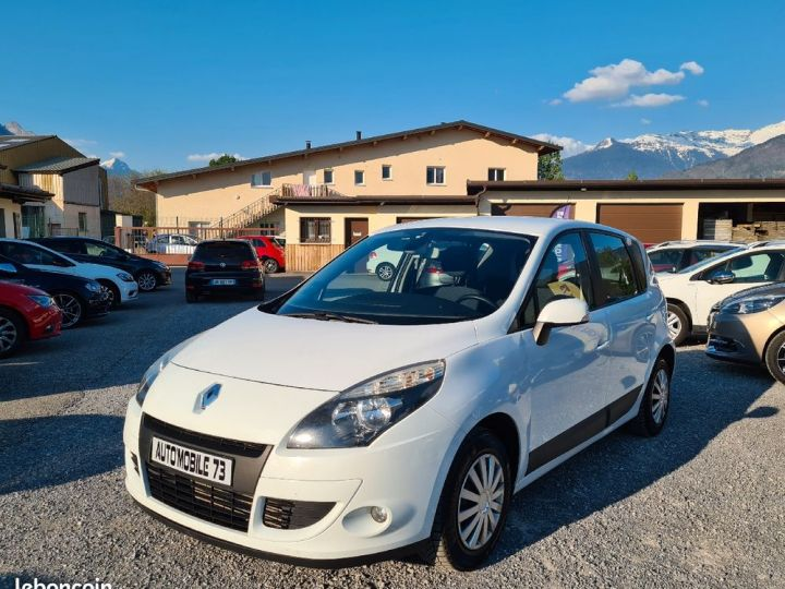 Renault Scenic 1.5 dci 105 expression 11/2009 ATTELAGE REGULATEUR CLIM  - 1