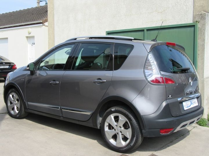 renault scenic 1 5 dci 110ch energy bose edition eco. Black Bedroom Furniture Sets. Home Design Ideas