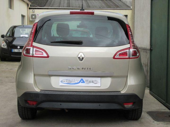 Renault Scenic 2.0 16V 140CH DYNAMIQUE CVT GRIS SABLE Occasion - 10