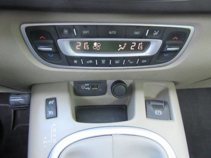 Renault Scenic 2.0 16V 140CH JADE CVT NOIR Occasion - 13
