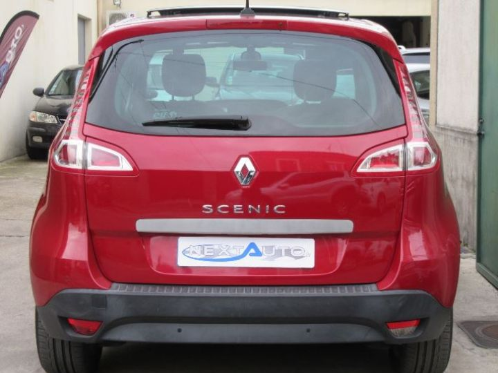Renault Scenic 2.0 16V 140CH PRIVILEGE CVT ROUGE Occasion - 7