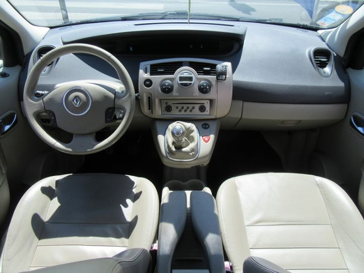 Renault Scenic 2.0 DCI 150CH JADE Gris Fonce Occasion - 8
