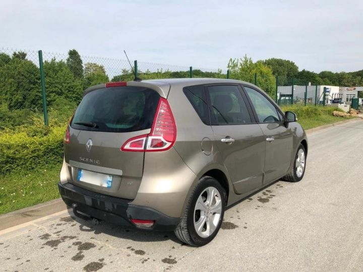 Renault Scenic 3 III 19 DCI 130 DYNAMIQUE Gris Occasion - 2