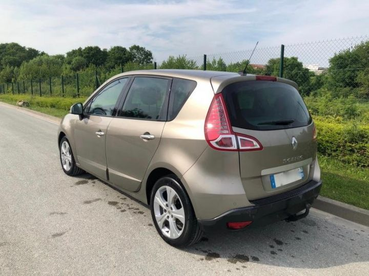 Renault Scenic 3 III 19 DCI 130 DYNAMIQUE Gris Occasion - 5