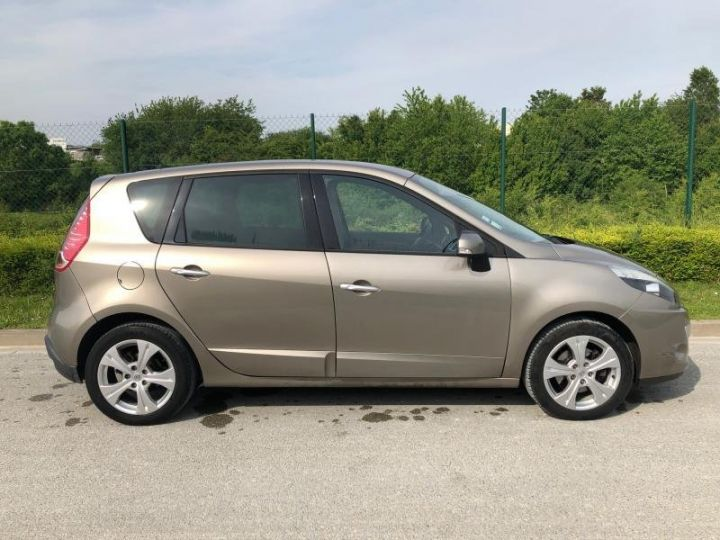 Renault Scenic 3 III 19 DCI 130 DYNAMIQUE Gris Occasion - 9