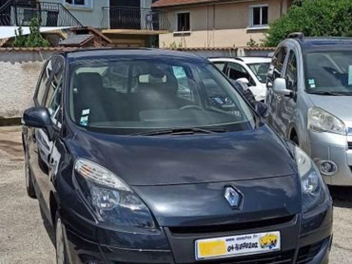 Renault Scenic iii 1.5 dci 105 Bleu - 1