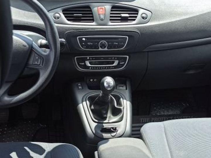 Renault Scenic iii 1.5 dci 105 Bleu - 3