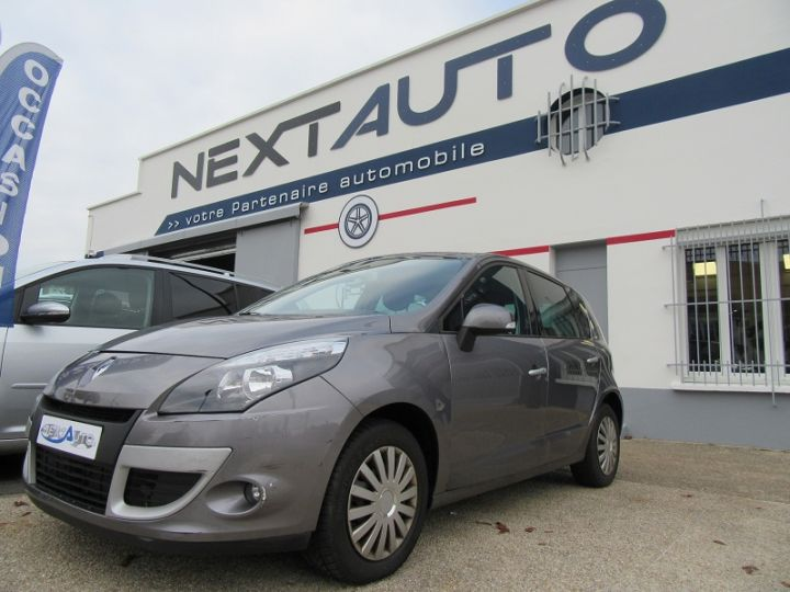 Renault Scenic III BVA 2.0 16V 140CH DYNAMIQUE Gris Fonce Occasion - 1