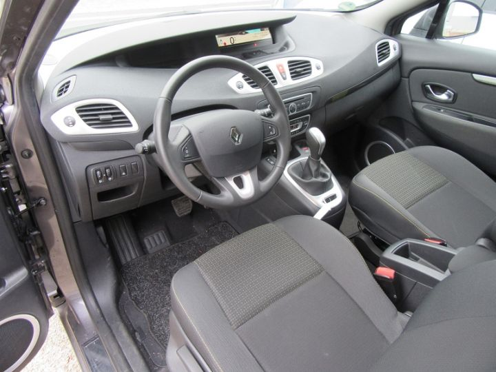 Renault Scenic III BVA 2.0 16V 140CH DYNAMIQUE Gris Fonce Occasion - 2