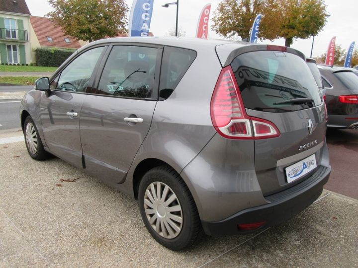 Renault Scenic III BVA 2.0 16V 140CH DYNAMIQUE Gris Fonce Occasion - 3