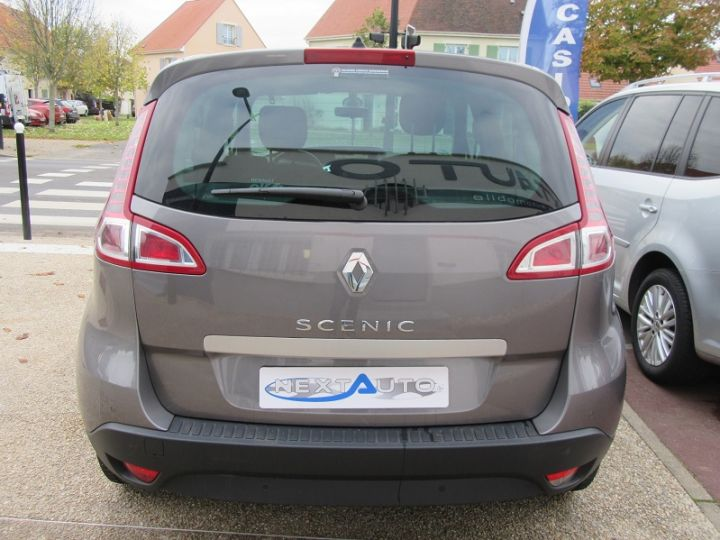 Renault Scenic III BVA 2.0 16V 140CH DYNAMIQUE Gris Fonce Occasion - 8