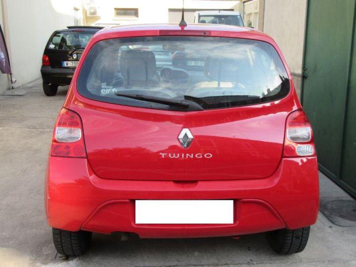 Renault TWINGO 1.2 16V 75CH DYNAMIQUE ROUGE Occasion - 7
