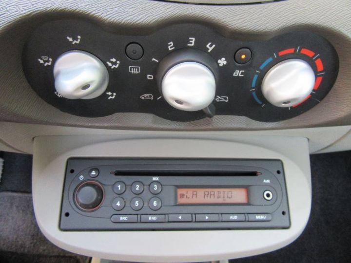 Renault TWINGO 1.2 16V 75CH DYNAMIQUE ROUGE Occasion - 9