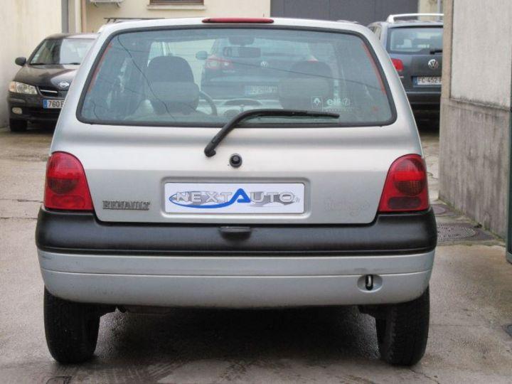 Renault TWINGO 1.2 16V 75CH PRIVILEGE QUICKSHIFT GRIS CLAIR Occasion - 7