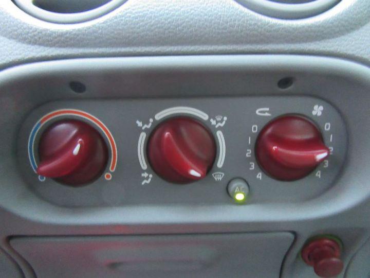 Renault TWINGO 1.2 16V 75CH PRIVILEGE QUICKSHIFT GRIS CLAIR Occasion - 13