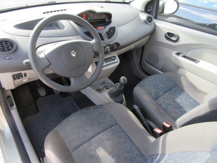 Renault TWINGO 1.2 60CH AUTHENTIQUE GRIS CLAIR Occasion - 2
