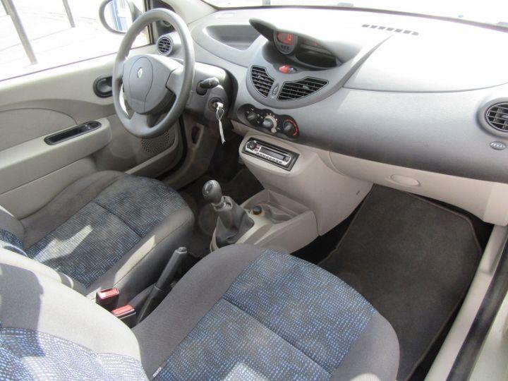 Renault TWINGO 1.2 60CH AUTHENTIQUE GRIS CLAIR Occasion - 16